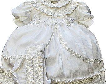 Vintage Christening gown for girl baptism dress G001 by Burbvus