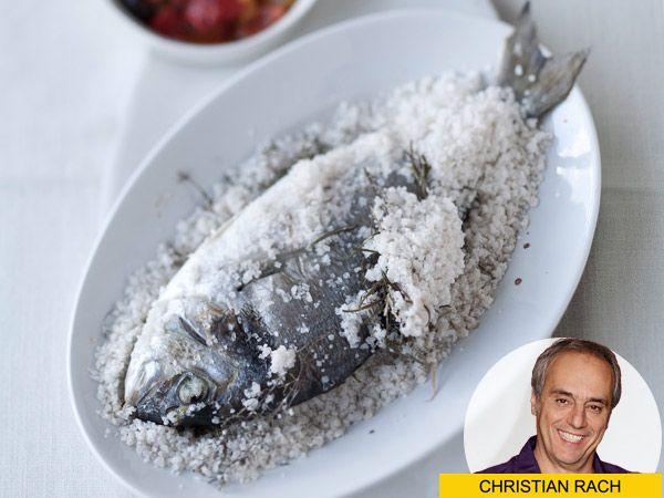 Köstliches zum Abend: Dorade in der Salzkruste | eatsmarter.de