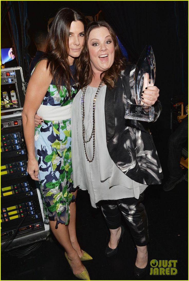 Melissa McCarthy Joins Sandra Bullock at People's Choice Awards 2014!