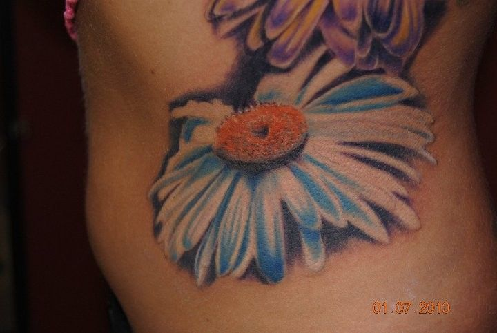 Realistic Daisy Watercolor Tattoos | White Daisy Flower Tattoos Large blue daisy tattoo.