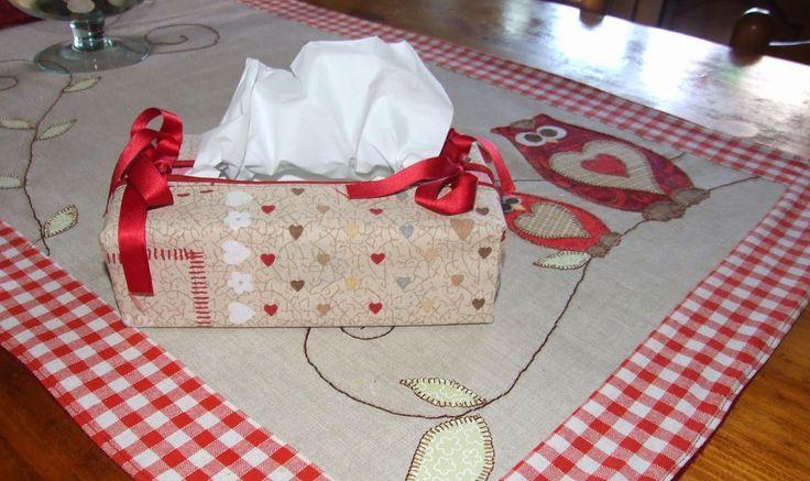 I miei hobby: Tissue box cover.(by Debbie Shore)
