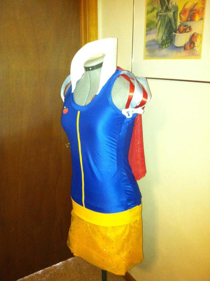 Snow White inspired Running Costume For the disney world princess marathon with Jessica!!!