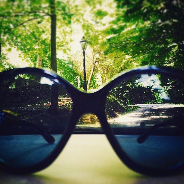Мой мир через мои очки  Всем buongiorno  #nature #amazing #girls #sun #summer #beach #beautiful #pretty #sunset #sunrise #blue #flowers #night #tree #glam #clouds #beauty #city #италия #photooftheday #love #green #skylovers #dusk #weather #day #red #fashion #mothernature