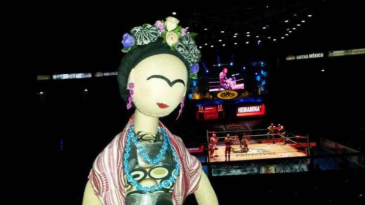 Frida en Arena México. Lucha libre.