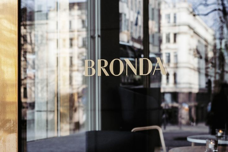 Bronda restaurant identity