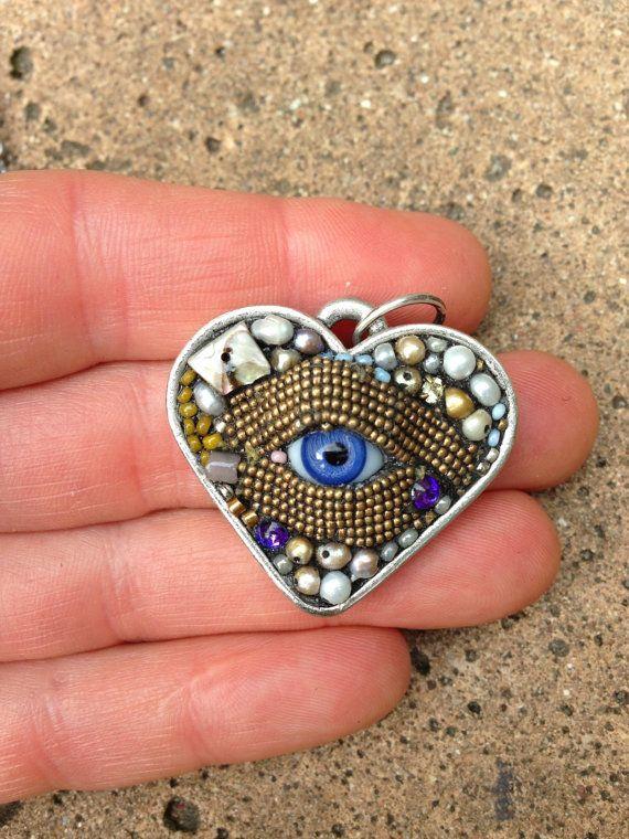 Kleine Augen Herz Anhänger Halskette von Betsy von betsyyoungquist