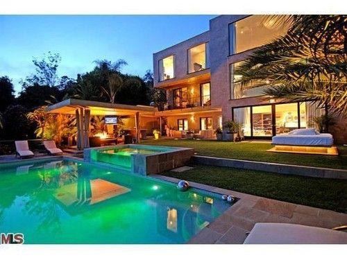 Love the pool!