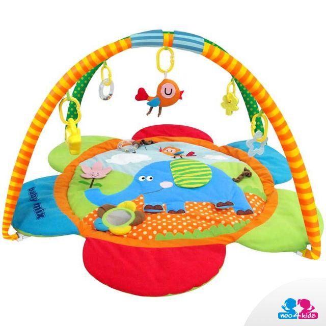 Eine Krabbeldecke mit Spielzeug ist nicht nur ein Bogen, an dem Spielzeug, Stoffteddys und Rasseln am Klipp hängen. Sie birgt auch Rasselelemente, Beißringe und viele Stunden fantastischen Spielspaß.   #krabbeldecke #lernspielzeug #spielzeug