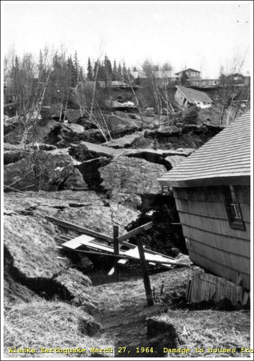 1964 alaska earthquake photos | IT. Foto - Alaska Earthquake March 27, 1964. Collapse of Fourth ...