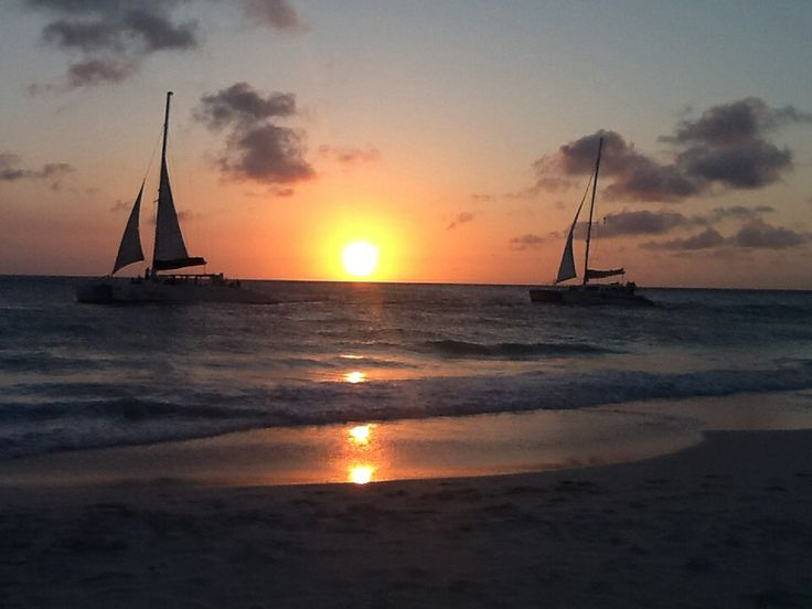 Sunset - Aruba Beach Club!