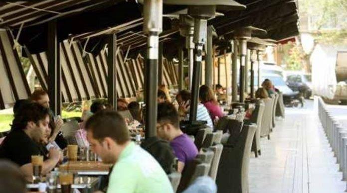 Έκλεβαν τσάντες από θαμώνες σε καφετέριες της Πάτρας
