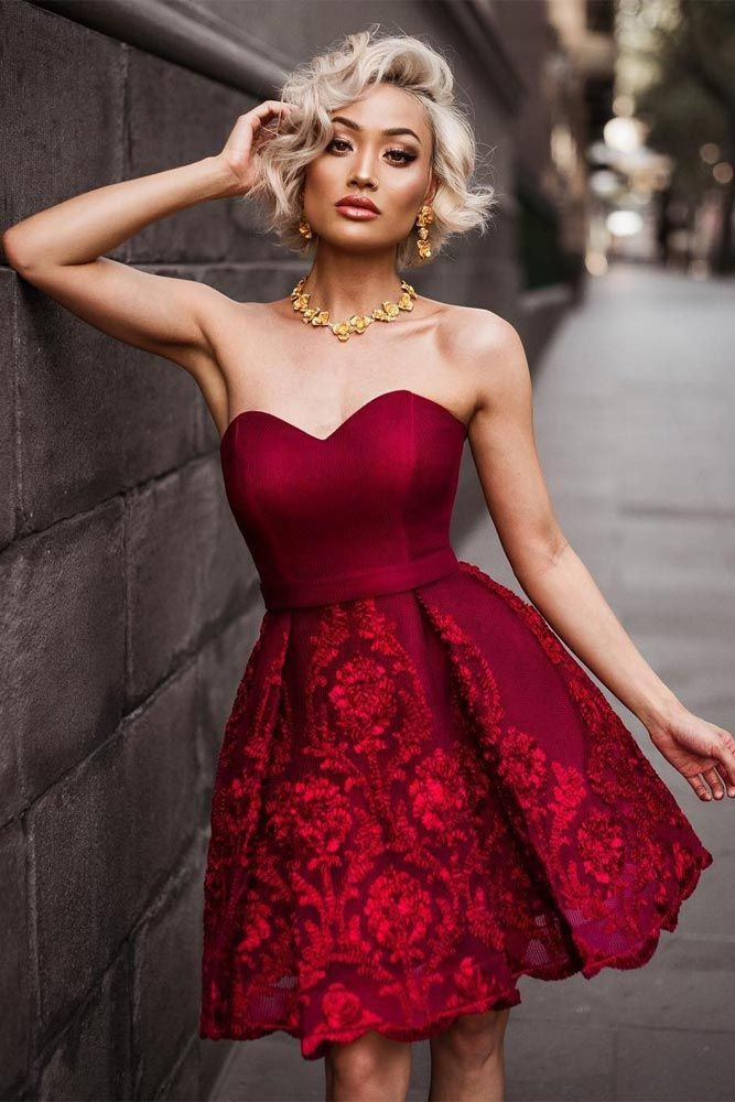 c6d49622452e 24 Fashion Christmas Party Dresses | Amazing | Strapless homecoming dresses,  Burgundy homecoming dresses, Dresses