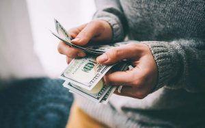 6 Kebiasaan Buruk Keuangan