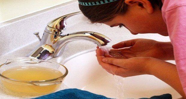Préparez une lotion tonifiante à base de vinaigre de cidre pour une peau plus saine !
