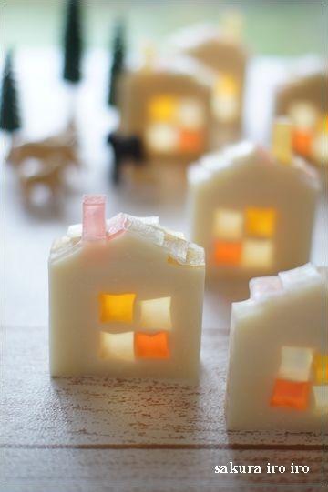 Handmade soap. Soap supplies: Hobium.com Sabun yapımı için gerekli olan malzemeleri Hobium.com'da bulabilirsiniz.
