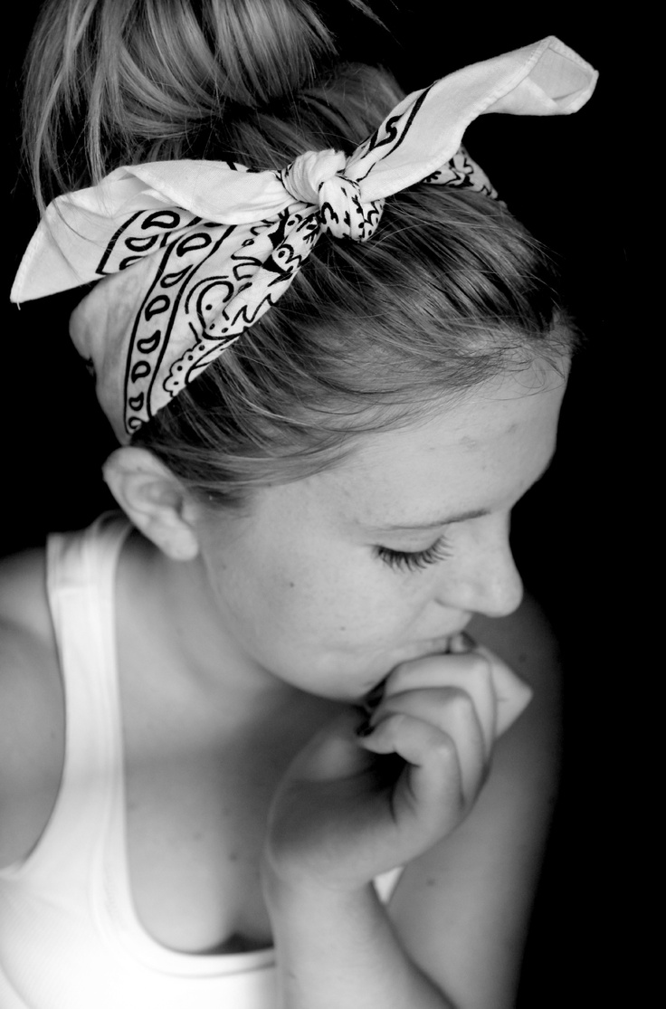 messy bun with bandana headband my hair styles. Black Bedroom Furniture Sets. Home Design Ideas