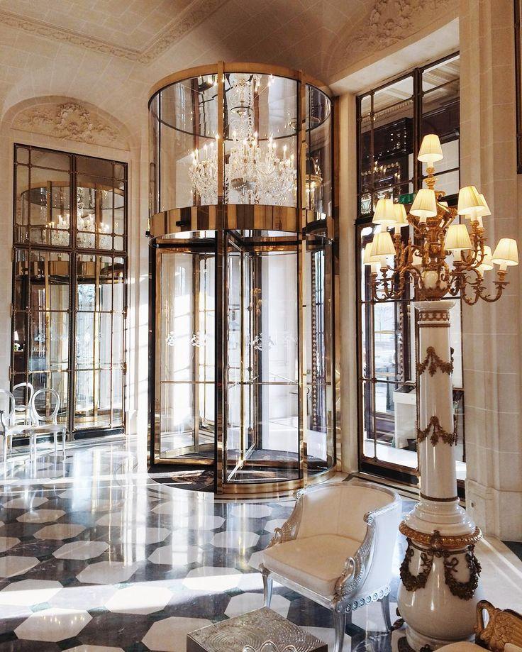 527 best interior design hotel lobby images on for Design hotels paris escapio