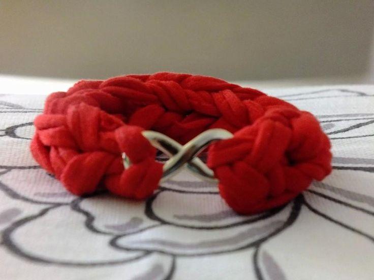 Pulsera #trapillo tejida con los dedos #hechaamano #trapillo #tejido #Knit #headmade