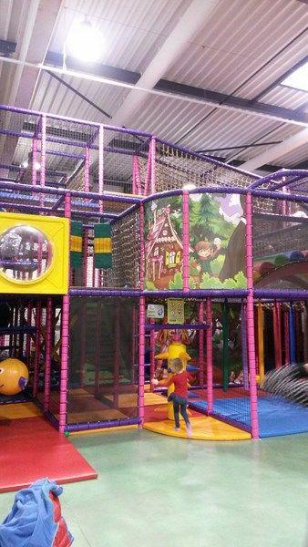 Plaine de jeux pour enfants couverte Sillingy-Annecy