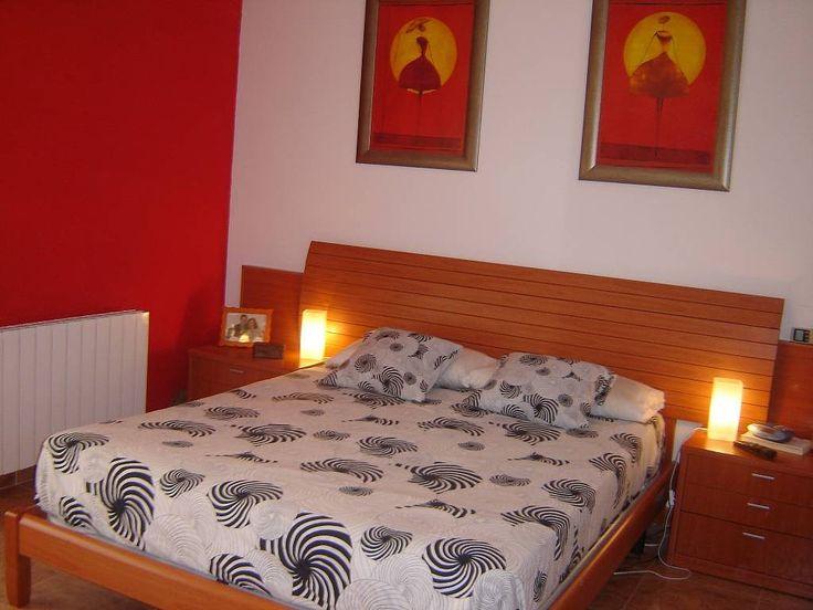 Habitaciones matrimoniales pintadas con 2 colores buscar con google decoracion pinterest - Colores de paredes para habitaciones ...