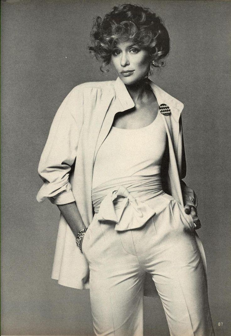 Lauren Hutton. Photo by Francesco Scavullo, 1974.