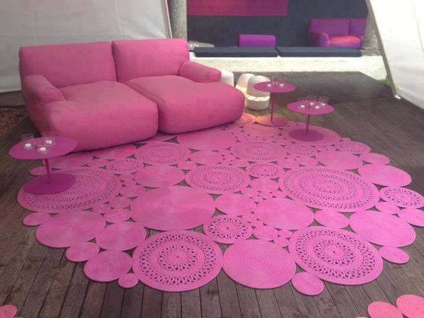 Tapetes em crochê para decorar a sala de jantar - Tapetes e Cortinas    Tapete-em-Croche-Para-a-Sala-de-Estar-Cor-de-Rosa