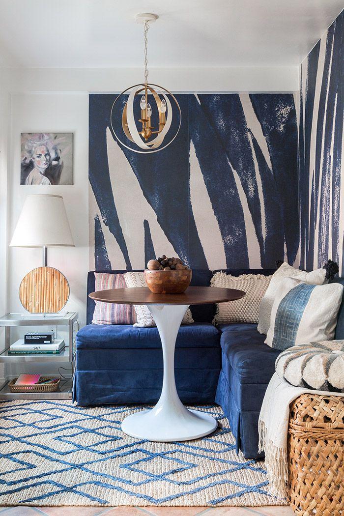 Best 25 Blue Couches Ideas On Pinterest Navy Blue Sofa