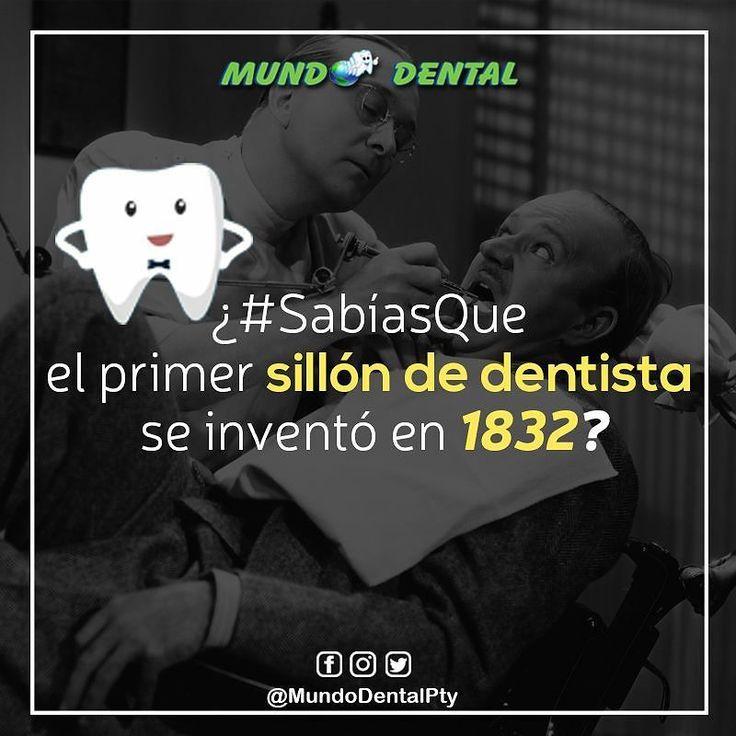 """Por alla lejos en el siglo XVIII los """"dentistas"""" usaban una silla de madera similar a la de los peluquero en los cuales colocaron un reposabrazos para que los pacientes se agarraran en el momento de la extracción. Luego de ésto se tuvo la idea de agregar un reposacabezas y acolcharlo para que el paciente estuviera más cómodo. En 1832 James Snell patentó el primer sillón reclinable que se parece un poco más al que se utiliza en odontología  . #sabiasque #PrimerSillonDelDentista…"""