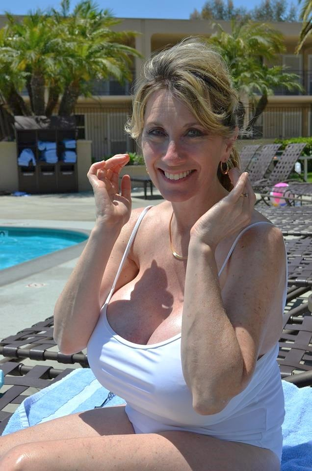 old mommy boob pics