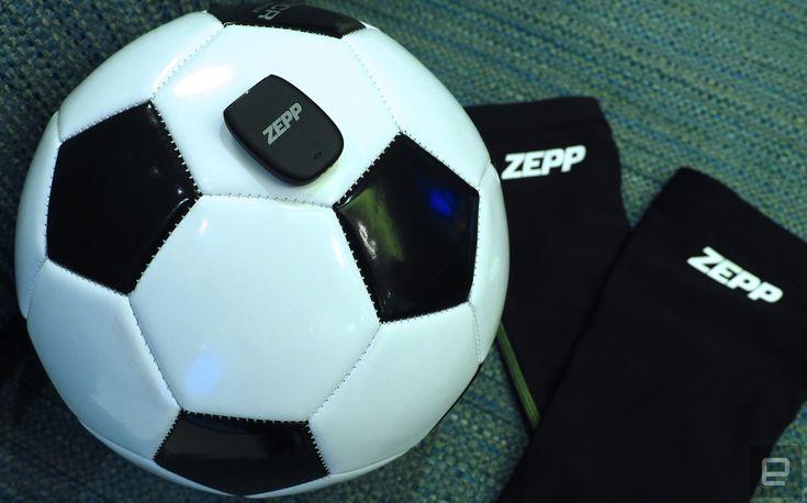 Verbeter je voetballskills met de nieuwe sensor van Zepp  Heb je het idee dat je nog wel wat hulp kunt gebruiken bij het verbeteren van je voetbalvaardigheden? Daar heeft Zepp een sensor voor ontwikkeld schrijft Engadget. Hiermee kun je statistieken als hoe ver je rent hoeveel ballen je trapt en hoe lang je rent loopt of springt volgen.  Volgens Zepp heb je niets meer nodig om beter te worden in voetbal dan data van de sensor om te zien welke vaardigheden je moet verbeteren. En dit doe je…
