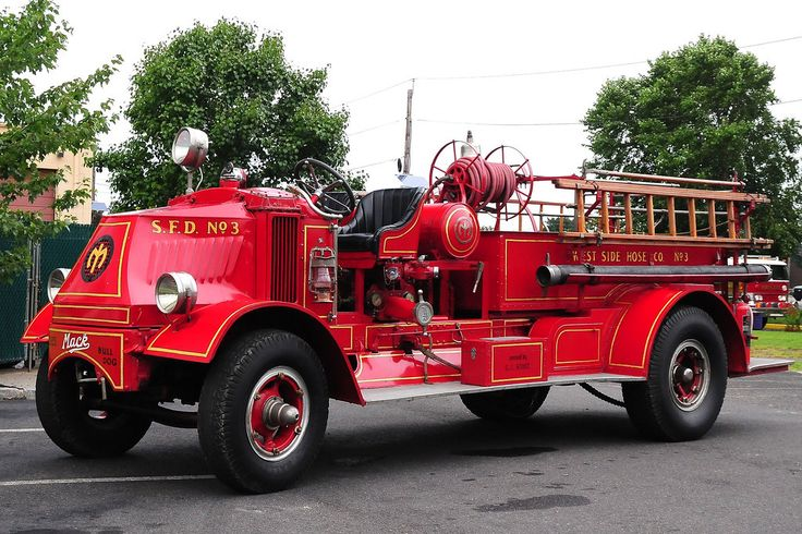 Old Mack Fire Trucks : Images about mack fire engines on pinterest models