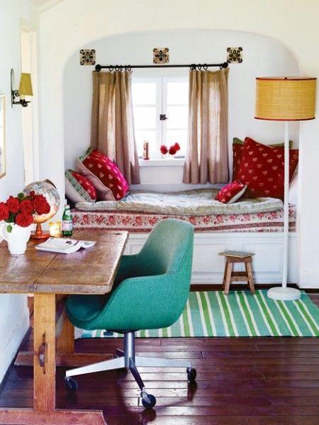 desk, reading nookGuest Room, Spaces, Cozy Nooks, Offices, Windows Seats, Reading Nooks, House, Bedrooms, Window Seats