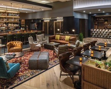 The Duniway Portland, a Hilton Hotel, OR - Lobby Seating Area | OR 97204