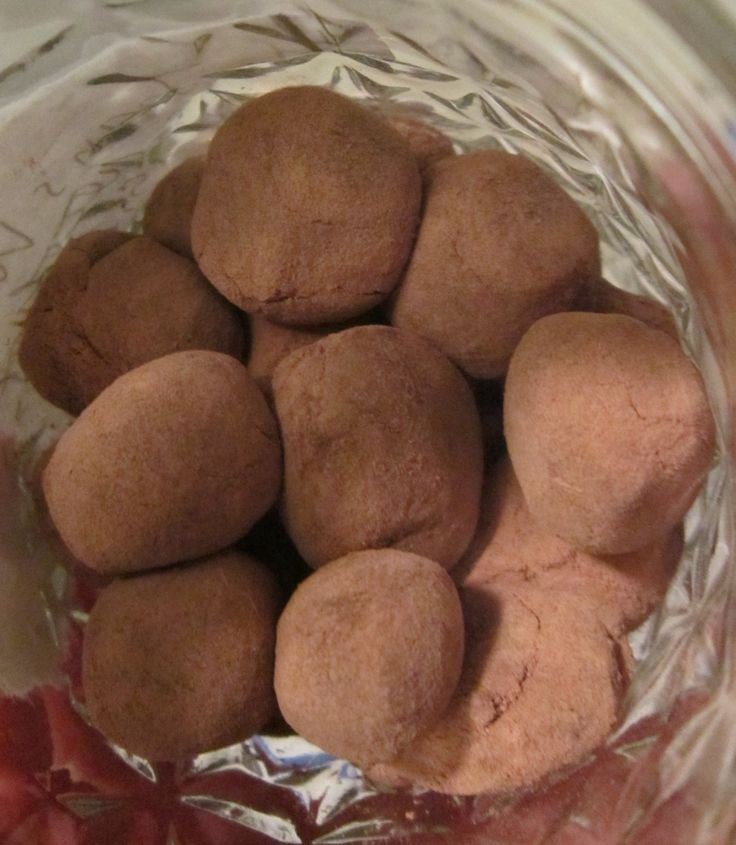 Slippery Elm Balls for Digestive Distress, yum... made these and they are delicious..I rolled them in cacao powder but next time will add some cinnamon as well....