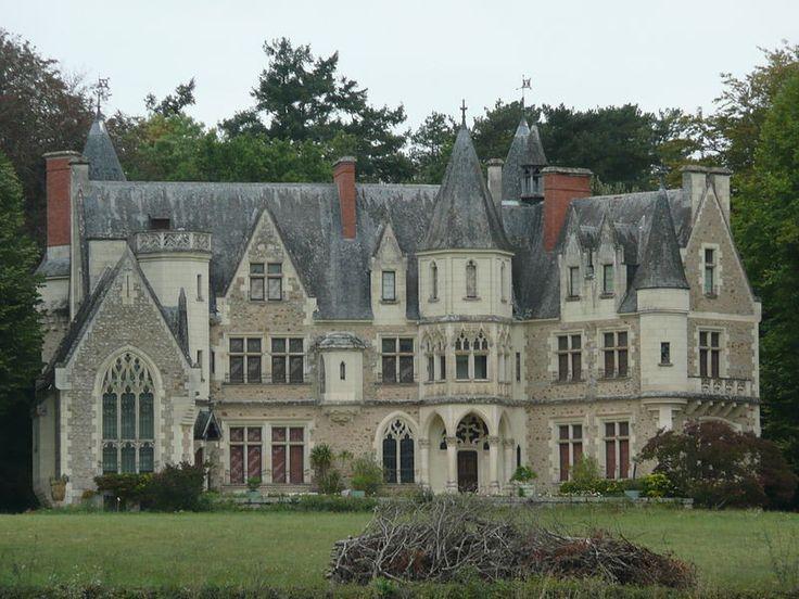 Château de Montivert (Le Vieil-Baugé). Pays de la Loire