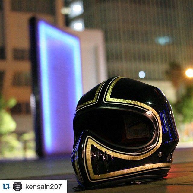 #mulpix #Repost @kensain207 with @repostapp. ・・・ 最高のメットに、最高のペイント メット @cuffbutton ペイント @karinto_grant おやすみなさい。 #ヘルメット #オートバイ #バイク #みなとみらい #象の鼻パーク
