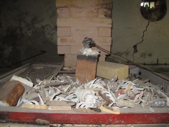 The top of Nico's kiln - plenty of firings been through this one