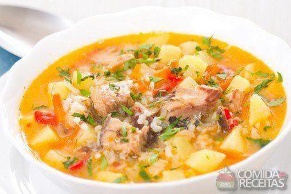 Receita de Sopa de frango com batata em receitas de sopas e caldos, veja essa e outras receitas aqui!                                                                                                                                                                                 Mais