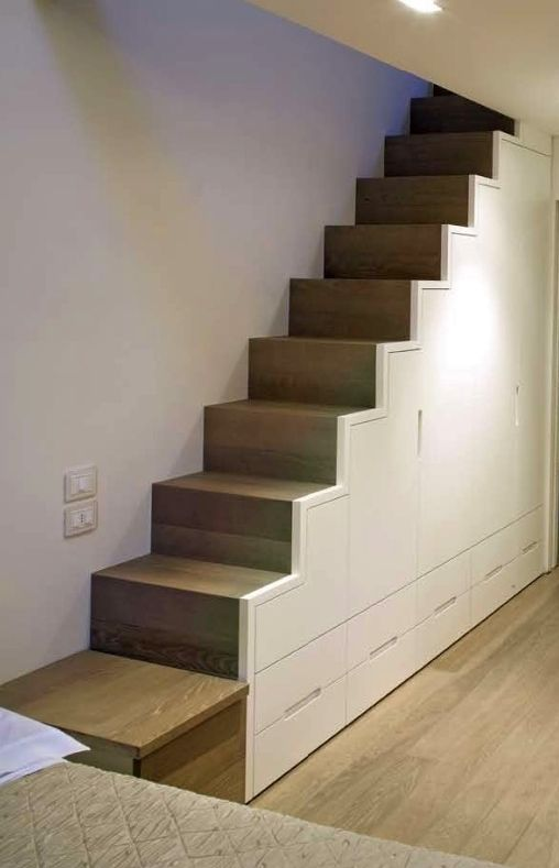 Stone oak stairs covering