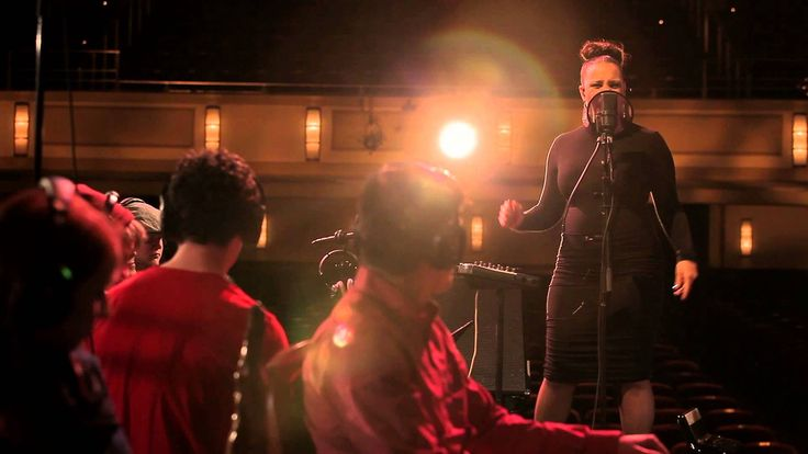 Snarky Puppy feat. Shayna Steele - Gone Under (Family Dinner - Volume On...