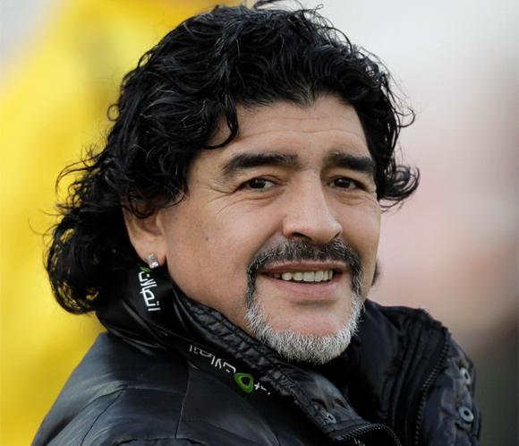 Diego Armando Maradona ha sido padre de un niño #fútbol #deportes #personajes #