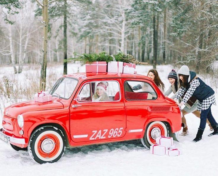 «Как мы хотим побольше вот таких зимних уэтных съемок. Солнце, мороз, любовь и маленький красный автомобиль! Вся серия на weddywood.ru Фотограф…»