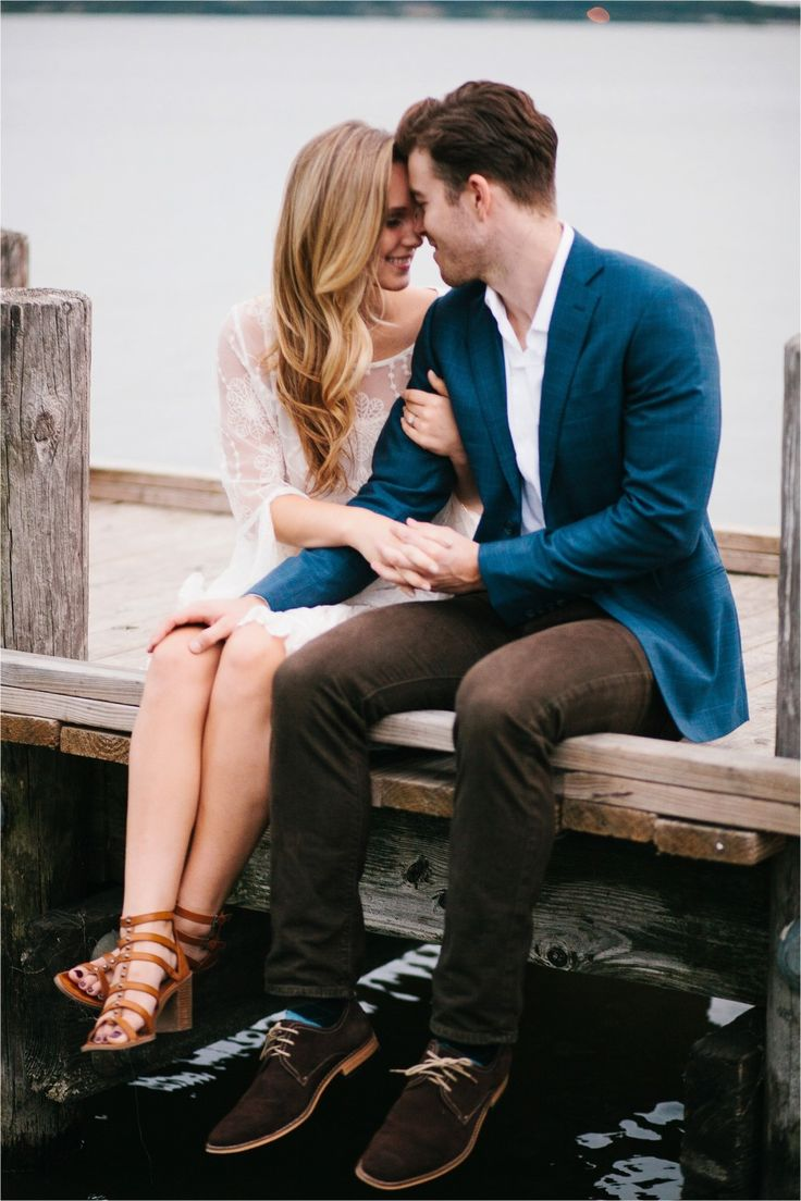 A colorful, urban, romantic, ethereal engagement sesison in Deep Ellum and White Rock Lake _ Images by North Texas Wedding Photographer Rachel Meagan Photography _ 56