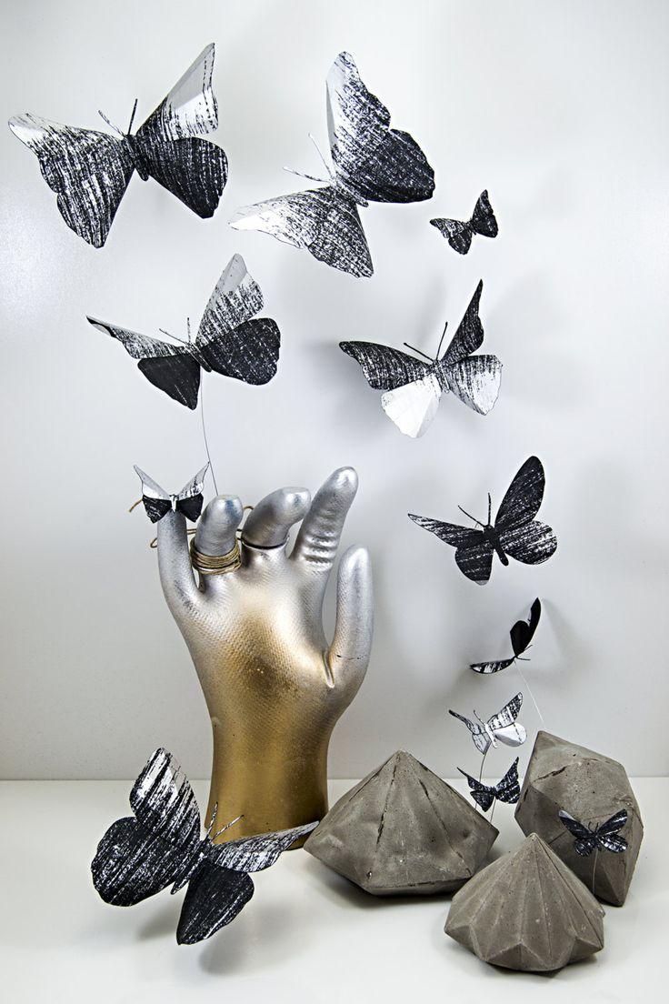 Mariposas 3d de papel pintado a mano degradado en negro y - Papel pintado 3d ...