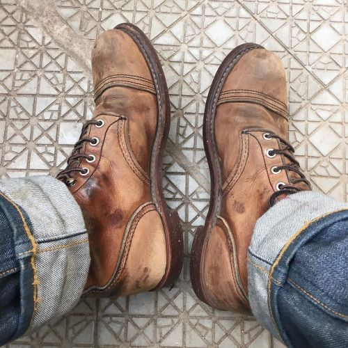 """Unbeleivable! These are a pair of Red Wing Shoes 8111 6"""" Iron Ranger in Amber Harness from our friend @yonagrinberg Or should we call his leather differently? 
