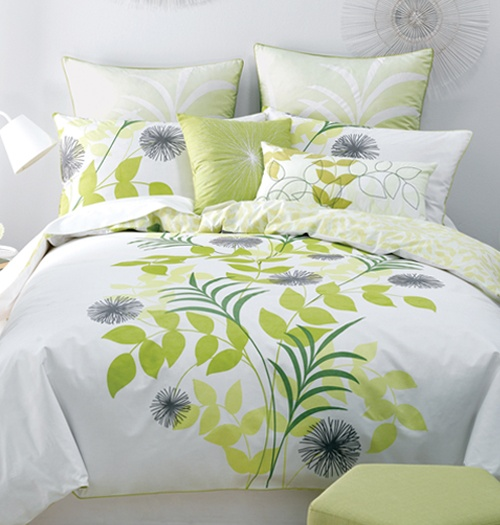 Deco Cosgrove Duvet Cover Set - Bed Bath & Beyond. Another one that could look great in the guest room.