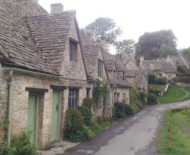 The famous Arlington Row in Bibury, the Cotswolds. This was a one-off private tour, but we hope to offer a regular tour to this gorgeous little village in 2015!