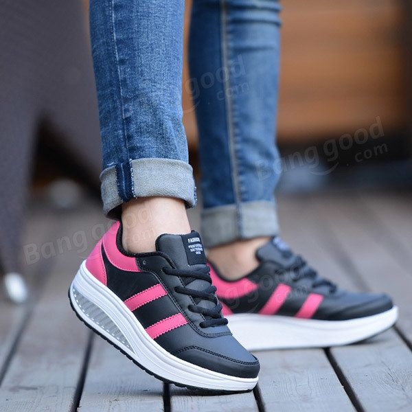 Women Casual Platform Shoes Slip On Soft Bottom Shake Shoes Casual Shoes - US$31.12
