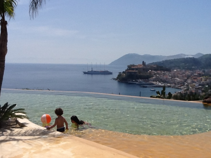Hotel Villa Enrica - infinity pool. Lipari (Aeolian Islands)