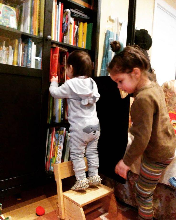 The good books are never on the bottom shelf  . . . . . .  #livevibrantly #nature #survival #freedom #unplugged #livegreen  #sustainability #nofilter #bethechange #quoteoftheday #zerowastegirl #momlife #thebest #truth #activist #momming #adulting #respect #dailylook #familyfirst #beautyblogger #honestlyparents #huffpost #buzzfeed #shareit #chicagomom #momofthree